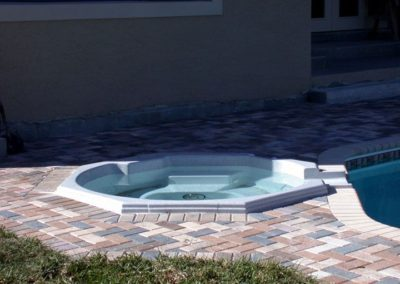 large_3Spillway-Spa-504-with-paver-field